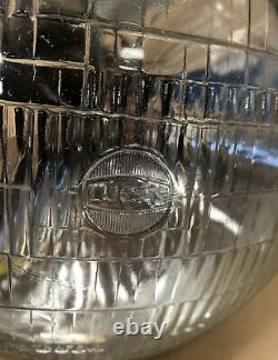 NOS LUCAS 7 SEALED BEAM HEADLIGHT CLASSIC FORD Escort Cortina GENUINE FORD